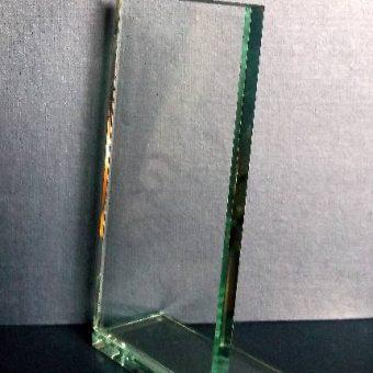 Square glass with backwards facing base b